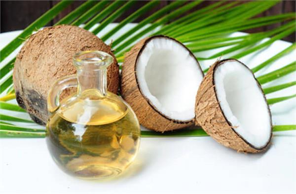 सुपर फूड्स में नारियल तेल होना बहुत जरूरी, जानते हैं क्यों?