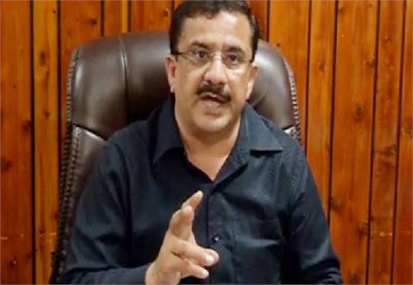 मदरसों पर विवादित बयान देने के बाद वसीम रिजवी को मिली 'दाऊद' की धमकी