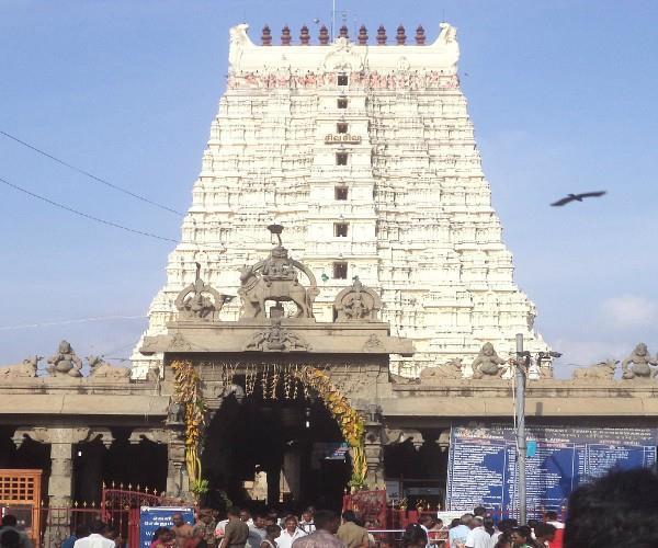 रामेश्वरम धाम: यहां श्रीराम ने स्थापित किया था रेत का शिवलिंग
