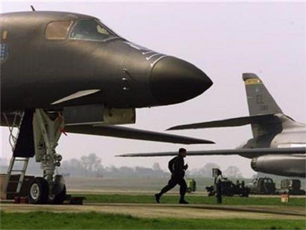 अमरीका में ऑस्ट्रेलियाई युद्धक विमान को लगी आग