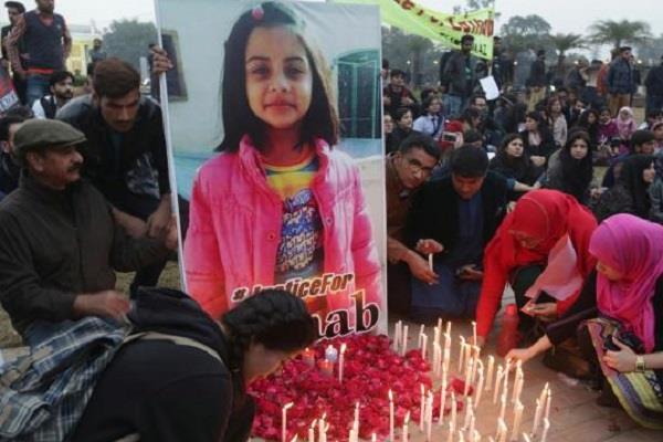 मासूम जैनब के कत्ल से पाक शर्मसार, Viral हो रहा आखिरी होमवर्क