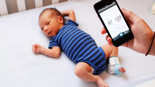 वैज्ञानिकों ने की नई खोज, स्मार्टफोन से पता चलेगी बच्चे की सेहत