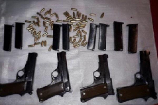 STF को मिली बड़ी सफलता, हथियारों सहित अपराधी को किया गिरफ्तार