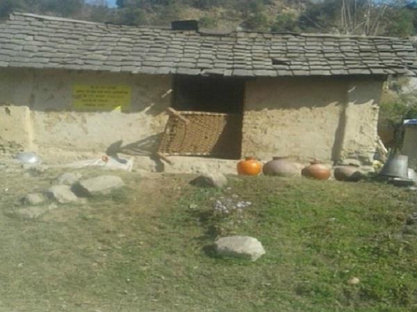 कर्म चंद को नसीब होगी पक्की छत, पंजाब केसरी की एक्सक्लूसिव खबर का असर