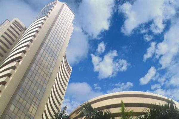 शेयर बाजार में बढ़त, सैंसेक्स 70 अंक चढ़कर बंद