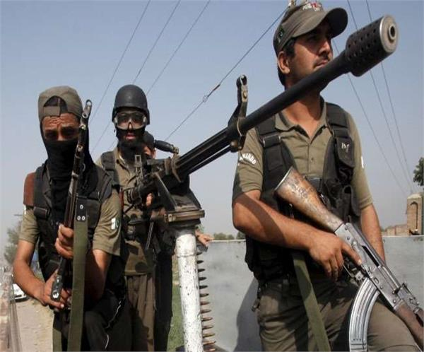 पाक में आतंकी हमला, 6 सैनिकों की मौत