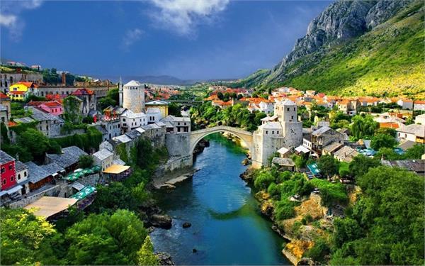 यूरोप घूमने जा रहे है तो इन जगहों को देखना बिल्कुल न भूलें