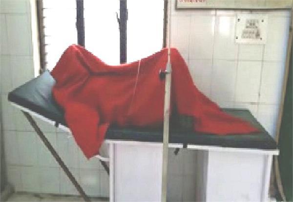 कोहरे का कहरः अनियंत्रित होकर नदी में जा गिरी कार, 2 की मौत