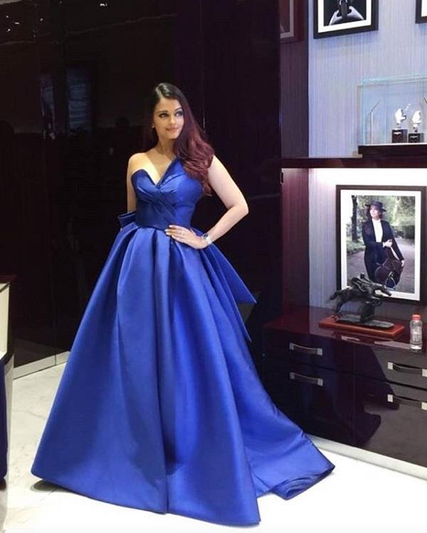 इवेंट में ब्लू ड्रैस पहनकर पहुंची Aishwarya, दिखीं बेहद खूबसूरत