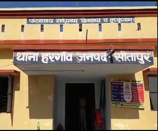 सीतापुर में संदिग्ध हालत में मिली नाबालिग लड़कियों की लाश, फैली सनसनी