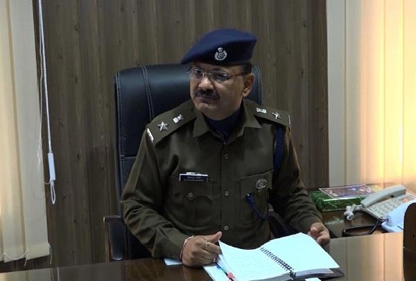 तेजतर्रार पुलिस अफसर का तबादला, दिवाकर शर्मा ने संभाला SP ऊना का पदभार