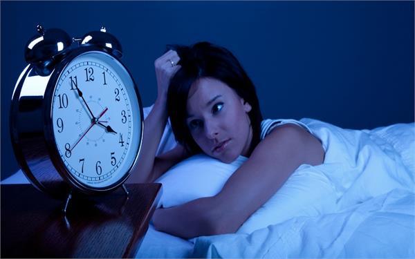 8 घंटे की नींद नहीं ली तो हो जाएंगे इन बीमारियों के शिकार