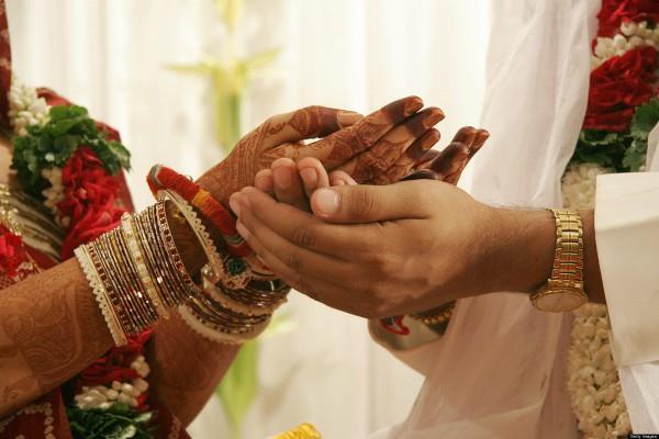 कुंडली के इन दोषों के कारण शादी में आती हैं बाधाएं