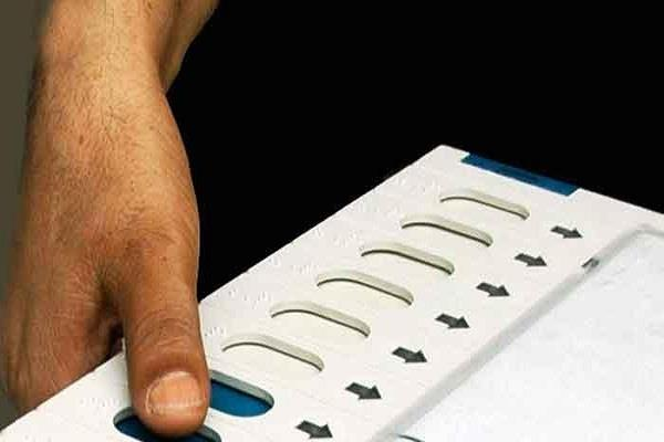 विधानसभा चुनाव से पूर्व राजस्थान में गर्माया सियासी पारा