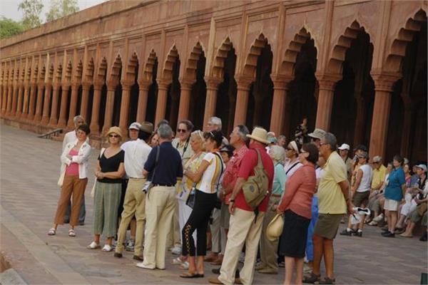 भारत का 2020 तक विदेशी पर्यटकों की संख्या 2 करोड़ करने का लक्ष्य