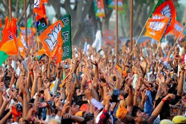 त्रिपुरा में कांग्रेस तथा माकपा के हजारों कार्यकर्ता भाजपा में शामिल