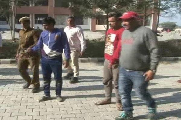 जमीनी विवादः वकील की हत्या करने वाले दो अारोपी गिरफ्तार
