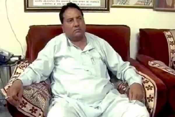 दुष्कर्म के आरोप से घिरे इस पूर्व मंत्री को कांग्रेस ने पार्टी में फिर से किया शामिल
