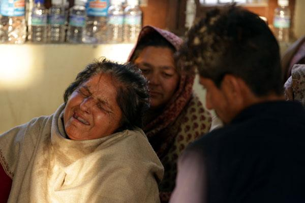 नापाक पड़ोसी का दिया दर्द: आंखों के सामने अपनों को मरते देख रहे बार्डरवासी
