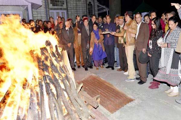CM जयराम ने दिए संकेत, हिमाचल में पद्मावत फिल्म नहीं होगी बैन