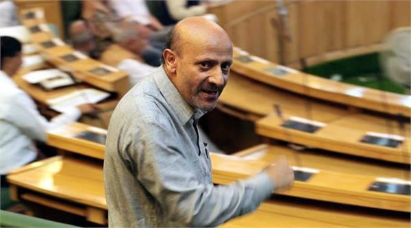 विधानसभा में इंजीनियर रशीद ने किया अफजल गुरू के बेटे का गुणगान