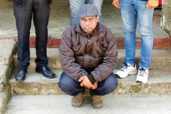 भगौड़ा पंचायत सैक्रेटरी चढ़ा पुलिस के हत्थे, धोखाधड़ी के मामले में चल रहा था फरार