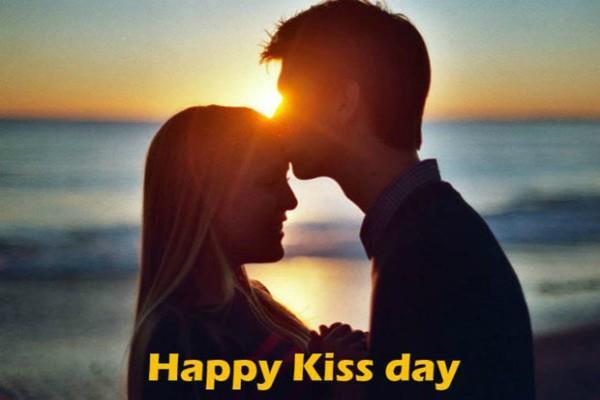 वैलेंटाइन वीक 'किस डे स्पैशल': शर्माएं नहीं, चेहरे पर चमक पाने के लिए करें Kiss