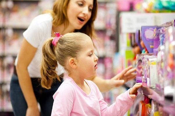 बच्चों की अलग-अलग तरह की डिमांड से है परेशान, तो इन बातों पर दें ध्यान