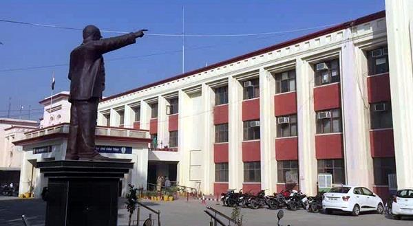 फिरोजपुर के सरकारी दफ्तरों के करोड़ों के बिल सालों से पैंडिंग