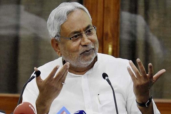 कांग्रेस विधायक के घर जाएंगे CM, सियासी गलियारों में तेज हुआ चर्चाओं का बाजार