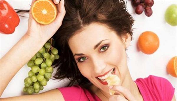 Glowing Complexion के लिए खाएं ये आहार, हमेशा रहेंगी खूबसूरत