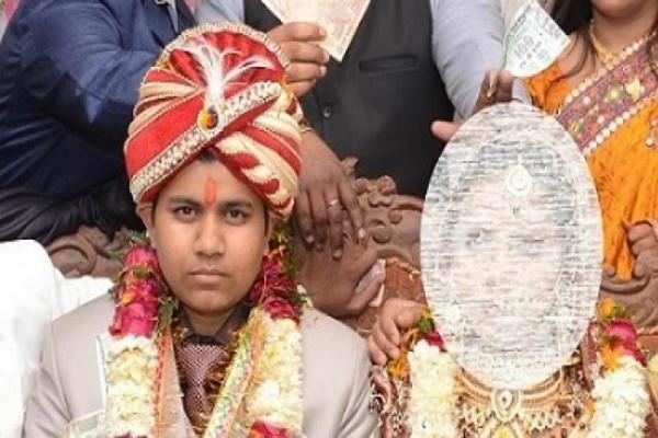 लड़का बनकर 2 लड़कियों से युवती ने रचाई शादी, 4 साल तक नहीं लगी किसी को भनक