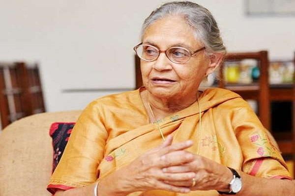शीला दीक्षित का तजं, कहा- AAP 'विज्ञापन की सरकार'