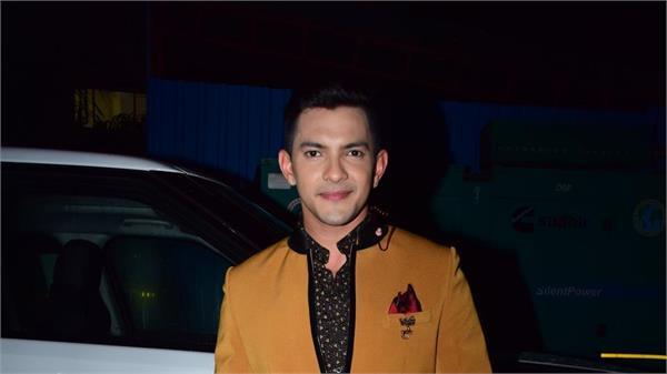 singer aditya narayan gets bail in road accidents