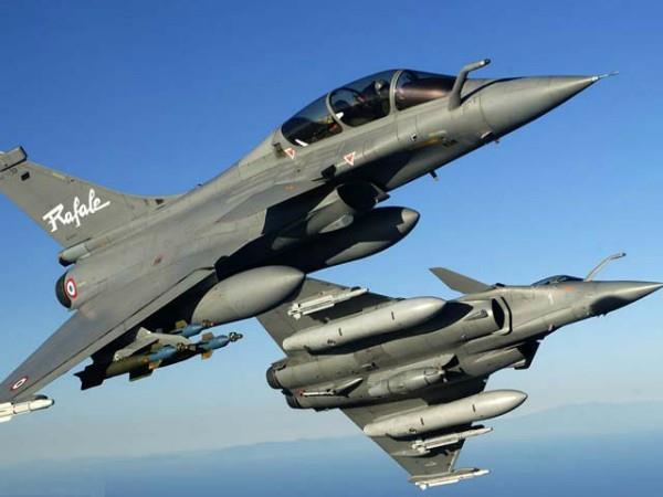 हथियार खरीदने में टॉप लिस्ट में भारत, चीन पाकिस्तान को करता है ज्यादा सप्लाई