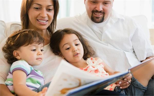 बच्चों को करीब से जानने के लिए ऐसा हो आपका Behavior