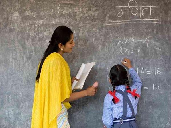 शिक्षा विभाग ने सभी जिलों को जारी किए आदेश, PAT शिक्षकों की मानदेय वृद्धि की रिकवरी शुरू