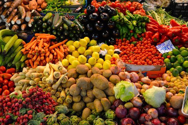फरवरी में थोक महंगाई दर घटी, खाने-पीने की चीजें हुईं सस्ती