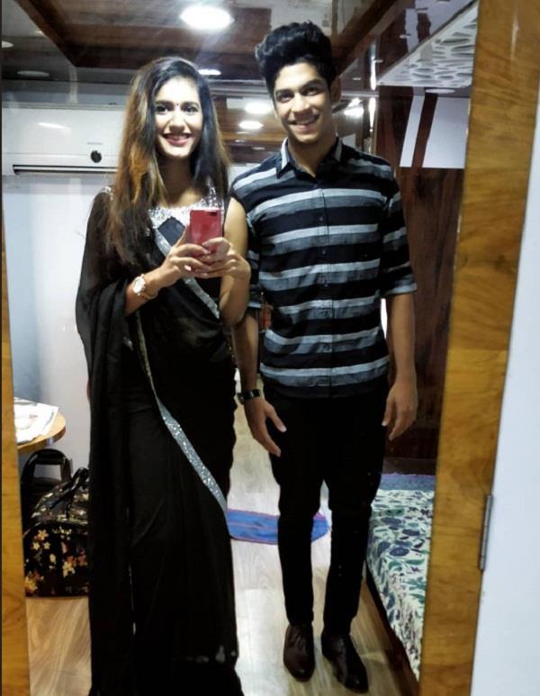 priya prakash s new video rehearsed on social media