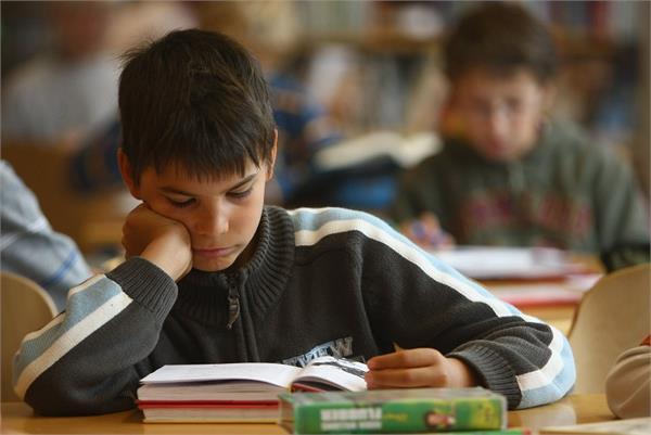 Exam Time: बच्चों की डाइट में शामिल करें ये फूड, दिमाग चलेगा नहीं दौड़ेगा