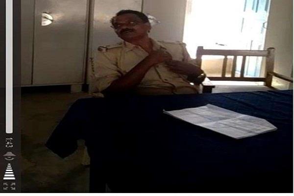 बिहार पुलिस का शर्मनाक चेहराः कैमरे में कैद हुआ घूसखोर ASI, निलंबित