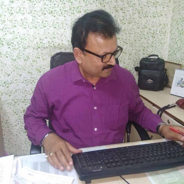 बुजुर्ग महिला के बैंक खाते में से 1 लाख रुपए गायब