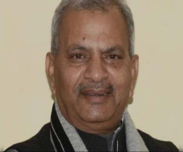 सपा ने आयोग से कहा, गोरखपुर में जिला प्रशासन करवा रहा है धांधली