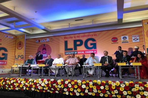 सीएम ने दो दिवसीय LPG कैटलिस्ट ऑफ सोशल चेंज-2 कॉन्फ्रेंस का किया शुभारंभ