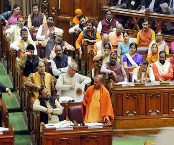 विधानसभा में योगी ने SP को चेताया, देश को तोड़ने का प्रयास करेंगे तो दंडकारी नीति से निपटेंगे