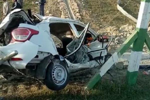 दर्दनाक सड़क हादसे में UP विधानसभा अध्यक्ष के गनर समेत 3 की मौत