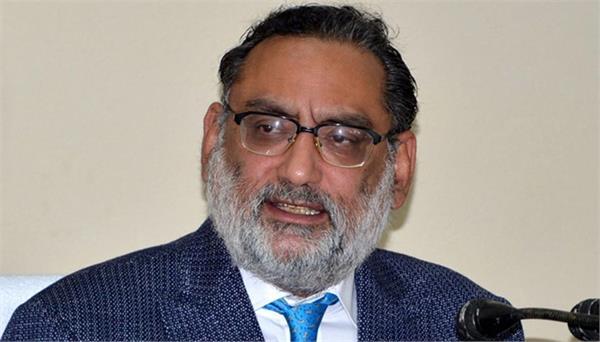 बड़ी खबर : महबूबा सरकार ने अपने वित्त मंत्री को कुर्सी से हटाया