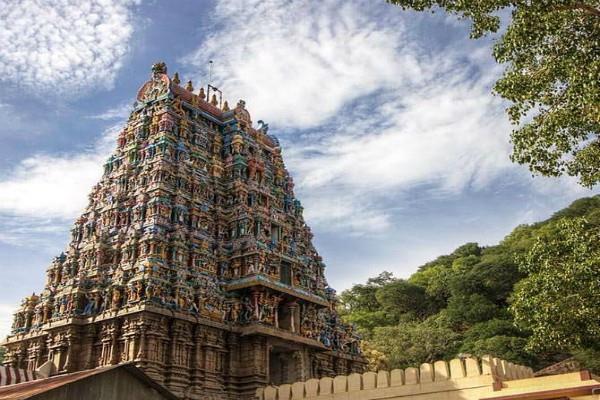 भारत के इस विष्णु मंदिर में प्रसाद के रूप में चढ़ता है Dosa