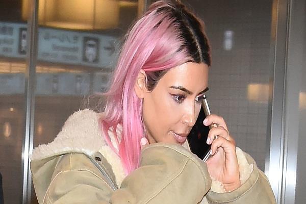 Blonde का गया फैशन, 2018 में यह न्यू हेयर कलर मचाएगा धूम