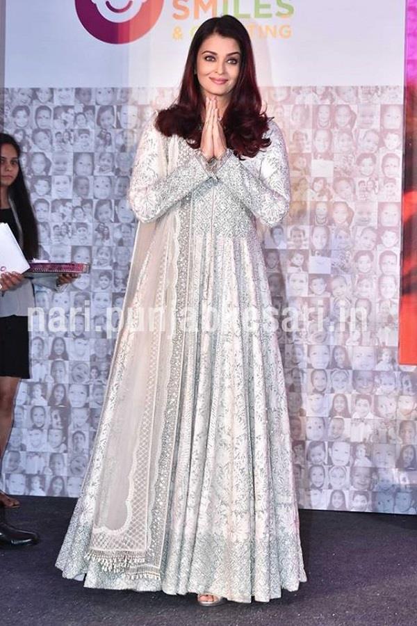 इवेंट में ट्रैडीशनल लुक में नजर आईं Aishwarya Rai